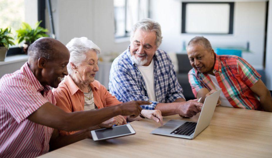 Découvrir les avantages de s'installer dans une résidence senior avec services